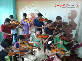 Sangeeth Bhavan Violin Classes